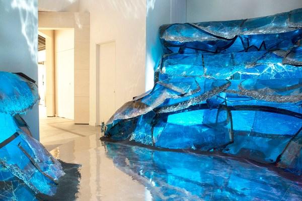 gentle-monster-nyc-grand-blue-installation-2