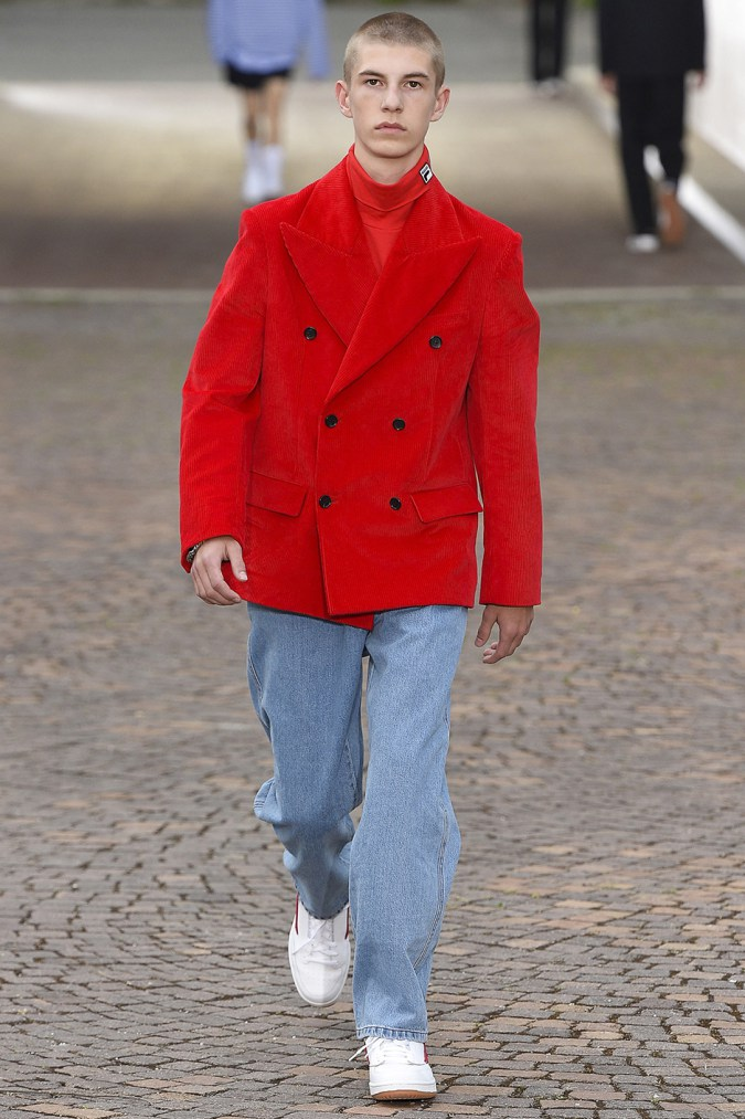 gosha-rubchinskiy-spring-summer-2017-collection-florence-7