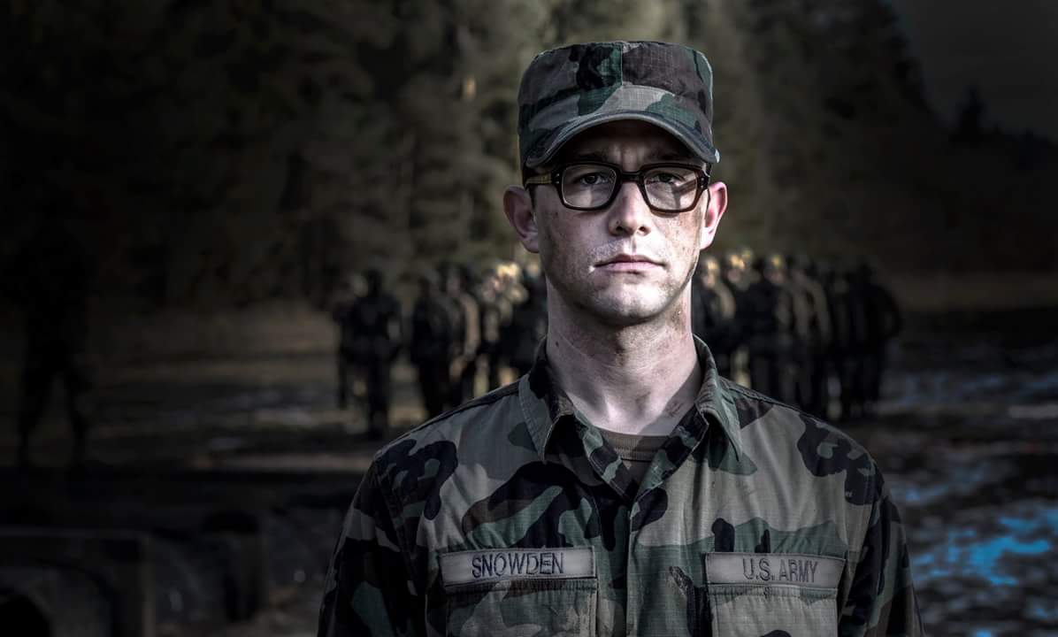 Snowden Trailer Debuts at Comic-Con