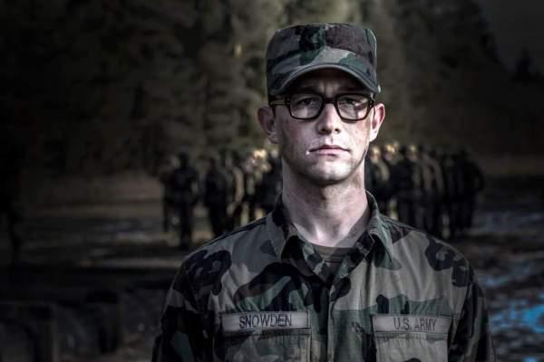 Snowden Official Comic Con Trailer