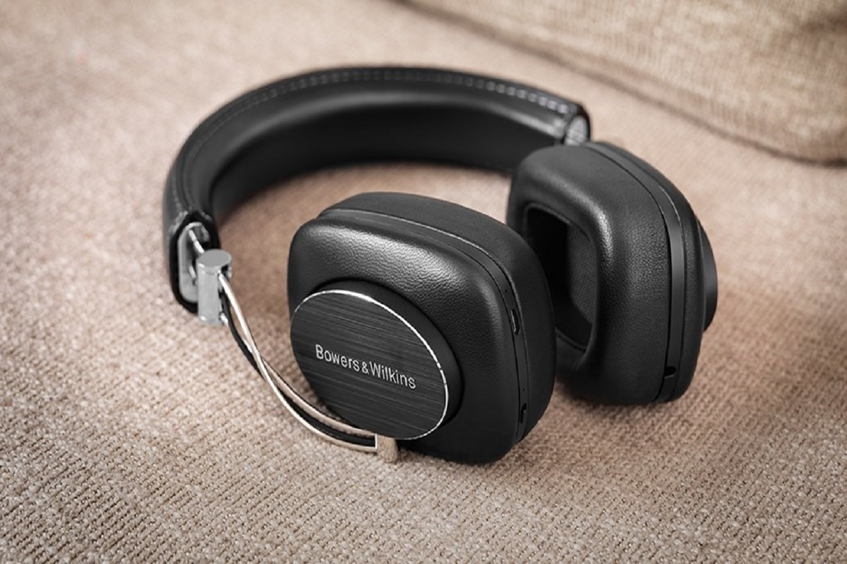 bowers-wilkins-P7-Wireless-Headphones-3