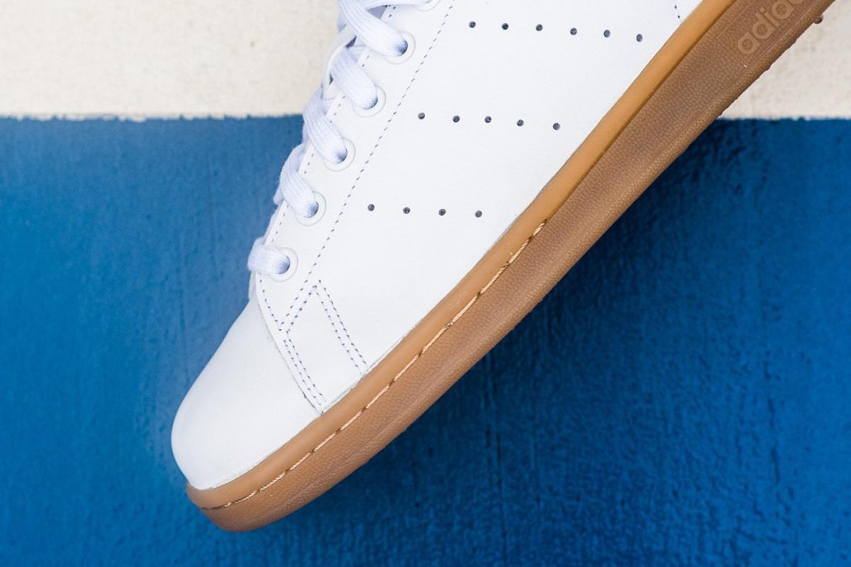 adidas-original-stan-smith-gum-sole-3
