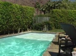 Gays sarados transando na piscina.
