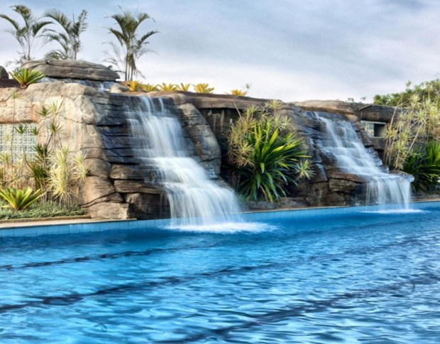 Cascata-aguas-Frias-Ecologic-Ville-Resort-Spa-by-Vivence-1000x485