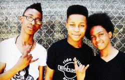 El trío preadolescente Unlocking The Truth ficha por Sony por 1,7 millones de dólares