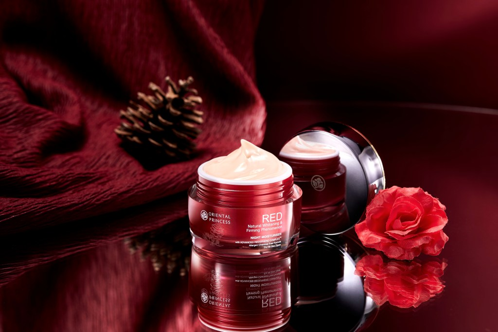 RED Natural Whitening _ Firming Phenomenon Night Moisturiser (2)