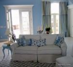 Beach House, white mattellasse sofa