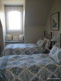 Aqua guest room