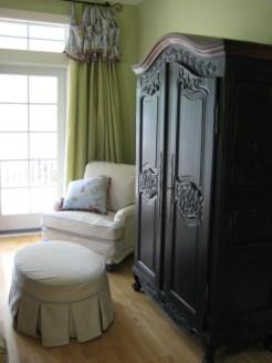 mattelasse slipcovered chair and ottoman