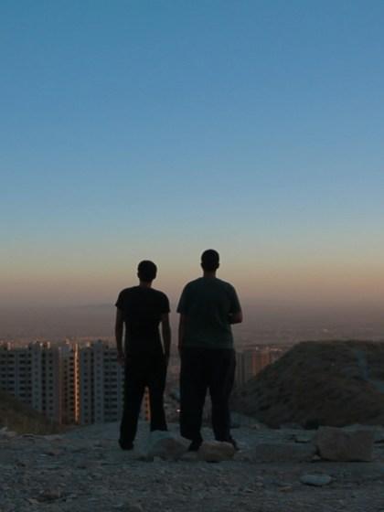 raving-iran-film-review-rezension