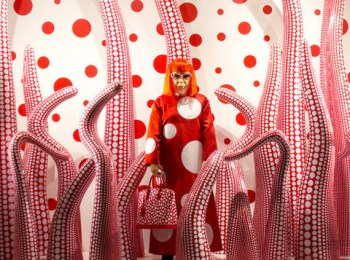 louis-vuitton-marc-jacobs-and-yayoi-kusama-the-ideas-video-0