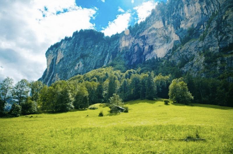 Долина водопадов Лаутербруннен