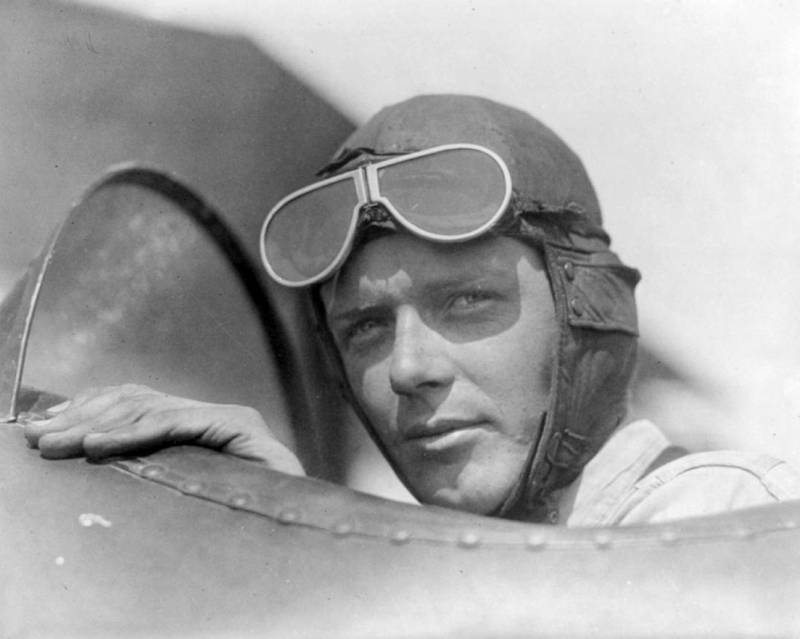 an introduction to the life of charles lindbergh