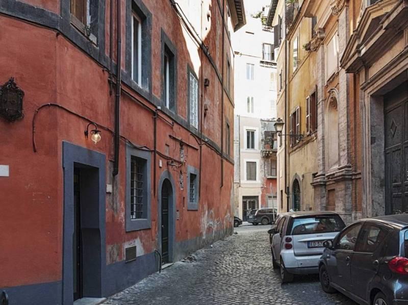 дом семь метров квадратных в Риме