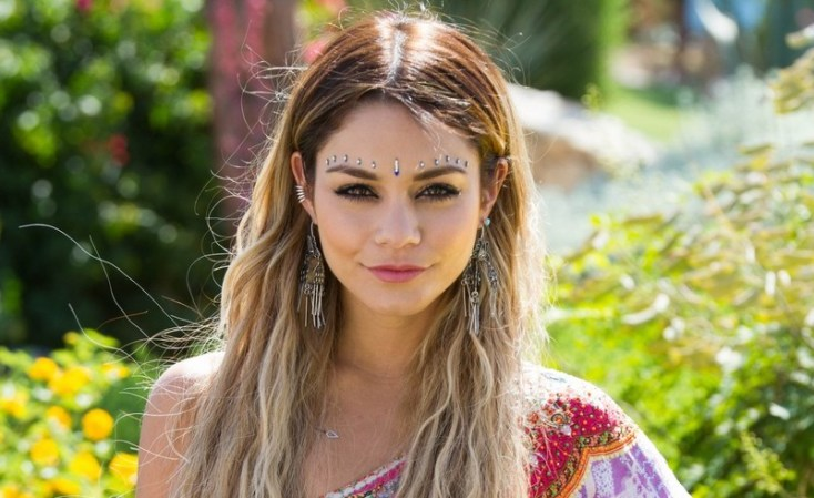 vanessa-hudgens-hangs-loose-at-coachella-201404