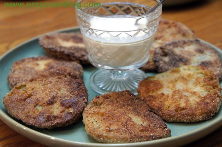 fried green tomatoes upclose