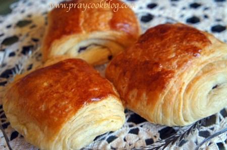 au pain chocolat croissants