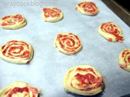 sausage pinwheels to bake