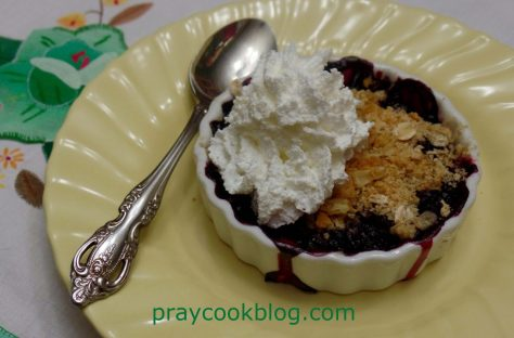 blueberry tart plated