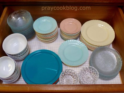 drawer dishes