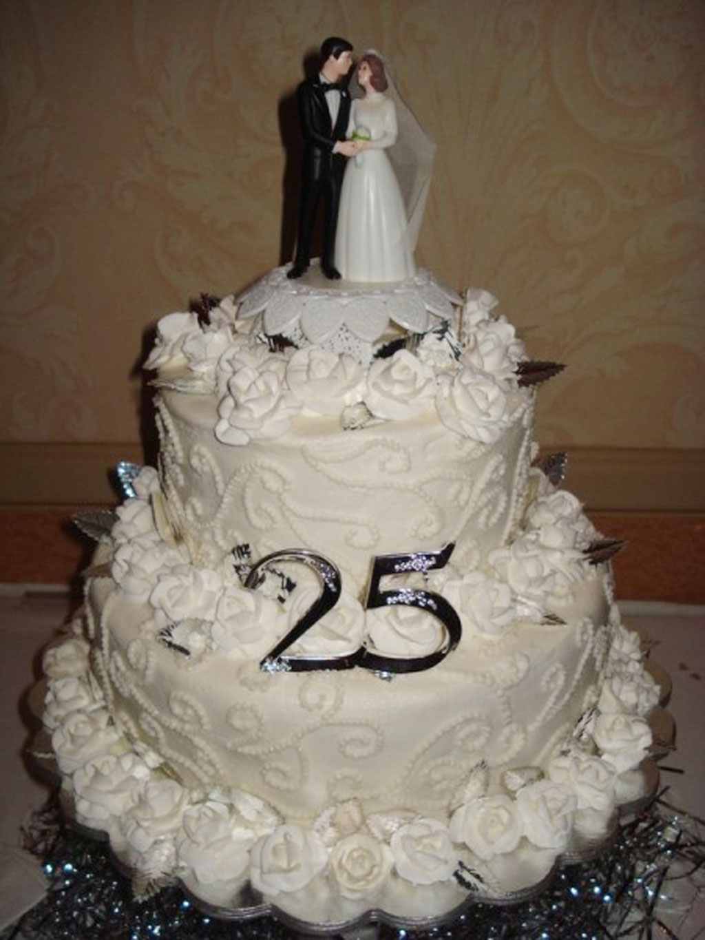 5 year wedding anniversary ideas 25th wedding anniversary 25th wedding anniversary cake ideas wedding cake cake ideas by on 25th wedding anniversary cakes pictures