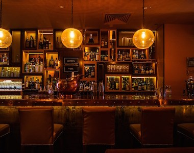 City slickers head for stylish new bars