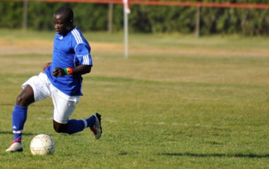 Cate soccer star Boateng signs letter of intent with UCSB