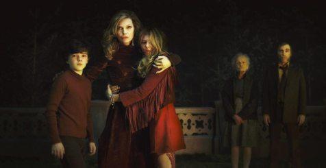 Dark-Shadows-©-2012-Warner-Bros