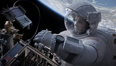 Gravity-©-2013-Warner-Bros.(8)