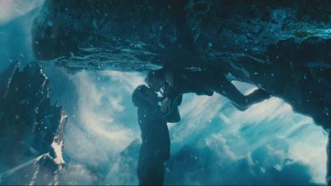 Upside-Down-©-2012-Concorde-Filmverleih(4)