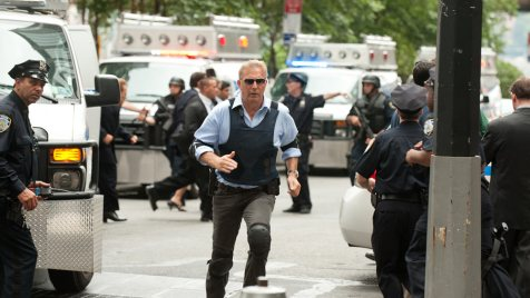 Jack-Ryan-Shadow-Recruit-©-2013-Paramount-Pictures,-Universal-Pictures(2)