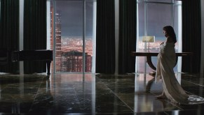 Fifty-Shades-of-Grey-©-2014-UPI,-Universal-Pictures(7)