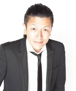 TEAM BUZZ 改め BuzzFestTheater 旗揚げ公演 舞台『ストリッパー薫子』作・演出コウカズヤさんインタビュー!