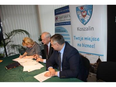 20180105 Podpisanie porozumienia z elektronikiem 022