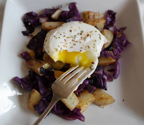 Boom Breakfast Sauted red cabbage and potato  a glorioushellip