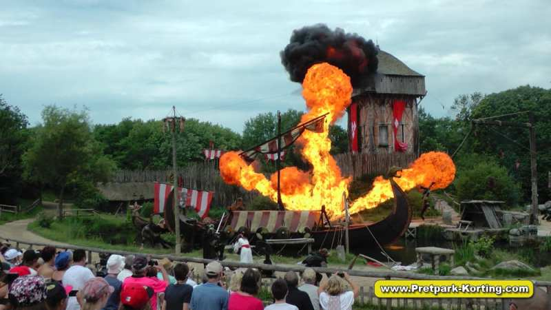 Puy du Fou shows - Les Vikings / de Vikingen