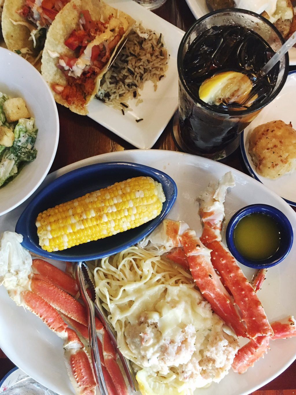 Staggering Nest Part About Experiencing Crabfest At Red Lobster Friendsaside From It Being Totally Delicious Is That Eating Crab Is So Hands Sponsored Crabfest At Red Life Girls nice food Crabfest Red Lobster