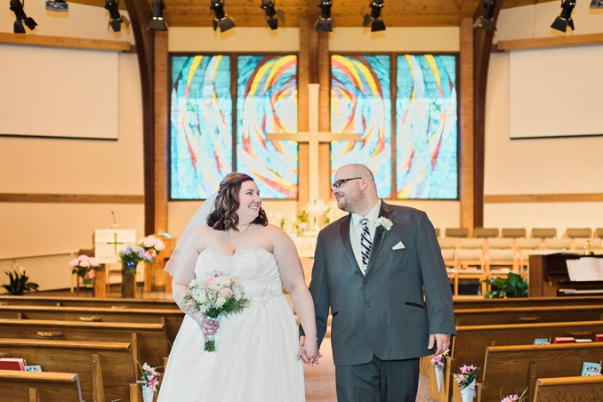 Real Wedding | Pastel Wedding in Wisconsin | Larissa Marie Photography