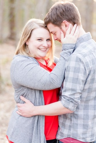 ENGAGEMENT | Burke Lake Park Spring Engagement Session in Virginia | Bethanne Arthur Photography | Pretty Pear Bride