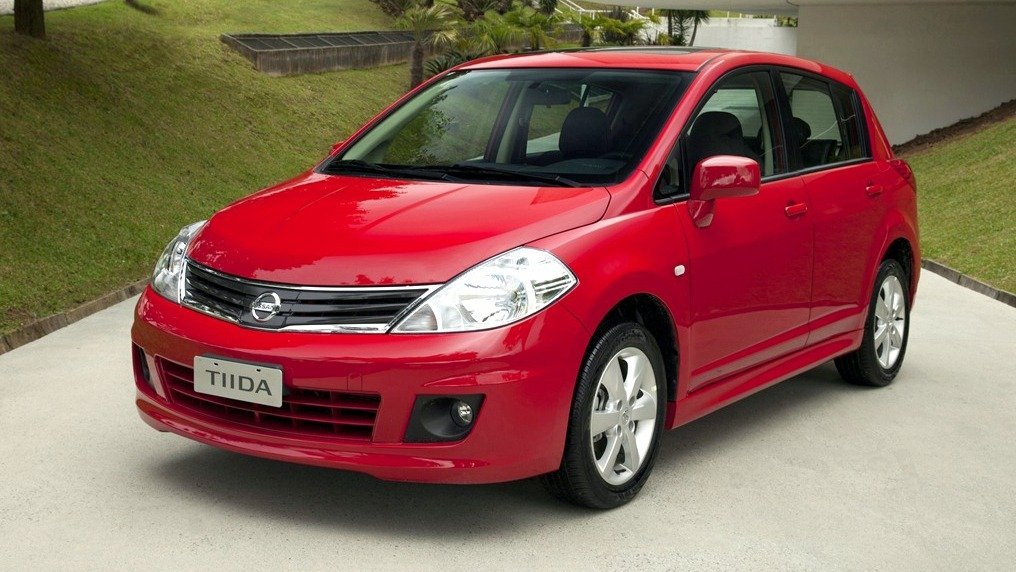 Nissan oferece revisões com preços fixos para modelos fora de linha