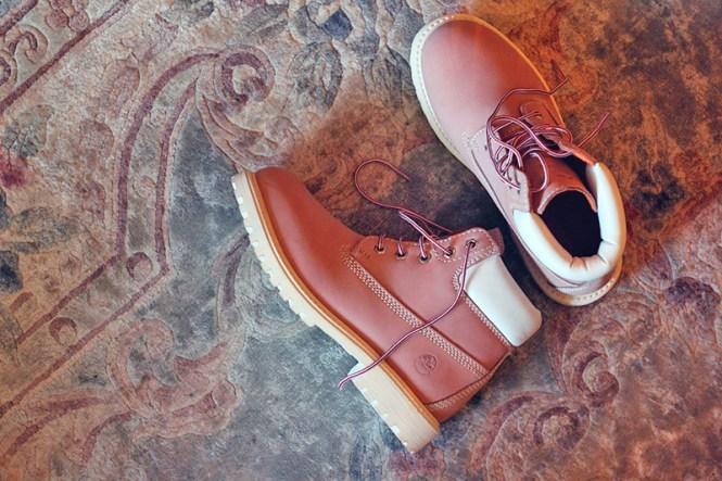 pink boots lumberjack
