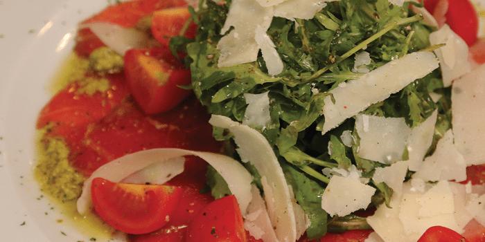 paradajz-sa-sirom