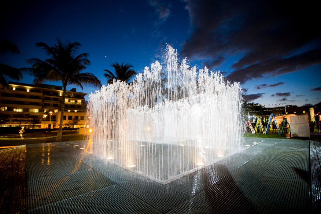 Jeppe Hein Art Basel in Miami Beach 2013 | Public Opening Night | 303 Gallery, Johann Koenig, Galleri Nicolai Wallner | Jeppe Hein | Appearing Rooms, 2004 MCH Messe Schweiz (Basel) AG