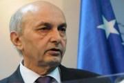 Jep dorëheqje këshilltari i kryeministrit Mustafa!
