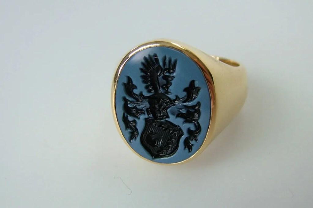 Siegelring 2 Gelbgold Lagenstein blau