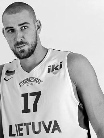 Jonas Valanciunas by Robertas Dačkus with permission (1)