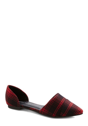Chinese Laundry Point and Click Plaid Flats