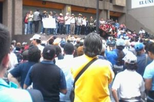 ¡Ya no aguantan los bloqueos de la CNTE!