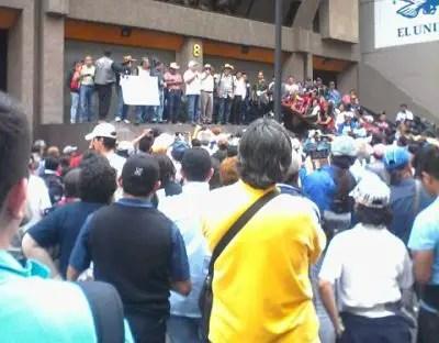 Inician Oaxaca y Guerrero proceso de cese a mil 255 maestros faltistas