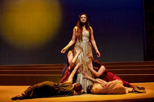 """""""Médée"""", mise en scène Caroline Binet, Théâtre Denise-Pelletier"""